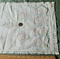 """Vintage American c1940s Hand Embroidered Floral Center Cloth~L-13""""X W-38"""""""