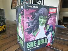 Diamond Select Marvel Universe She-Hulk Bust LE 908 OF 4000