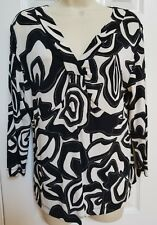 Chicos Travelers 1 Black & White w Silver Floral V Neck Long Sleeve top