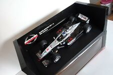 1:18 Minichamps 2001 F1 McLaren Mercedes MP4-16 #3 Mika Hakkinen 530011803 NEW!!