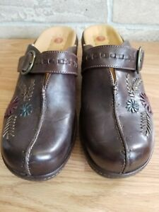 Clarks Unstructured Mules Closed Toe Slide Unevident Heel Clogs Womens 8 M Brown