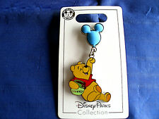 Disney * Winnie the Pooh - Balloon Dangle * New on Card Character Trading Pin