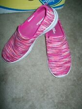 New listing SKECHERS GOGA MAX Pink Athletic/Walking Shoes SIZE 9 GREAT Condition