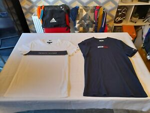 2 Mens Authentic Tommy Hilfiger Short Sleeve T-Shirts/Size M/Good Condition