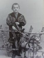 Kleiner Junge mit Pferd - Foto / Fotographie - Theod. Reimers / Hamburg