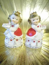 V Rare Vtg Old Queen of Hearts S & P Shakers Nursery Rhyme Figurine Set