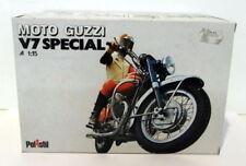 Moto rouge pour Moto Guzzi