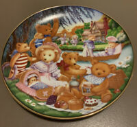 "Vintage Franklin Mint Heirloom limited Collector's PLATE ~ ""A Teddy Bear Picnic"""