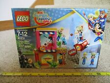 LEGO DC Super Hero Girls 41231 Harley Quinn to the Rescue Steve Trevor Capes NEW