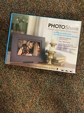 """PhotoShare 8"""" Smart Photo Frame with HD 1080P LED Touchscreen and 8GB Internal M"""