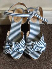 LADY'S BLUE & WHITE STRIPED WEDGE HEELED SHOES WITH BOWS RED HERRING UK SIZE 5