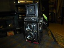 Vintage YASHICA MAT 124G W/ 1:35 80MM LENS Camera Collector W/ Case & Strap VG !