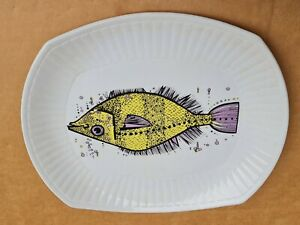 Aquarius Fish Series Plate Washington Pottery