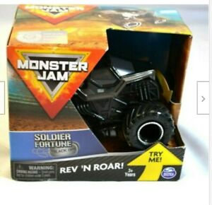 Spin Master Soldier Fortune Rev 'n Roar Monster Truck box bit damaged