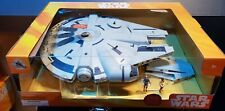 Millennium Falcon & Figure Set / Ensemble de Figurines Disney