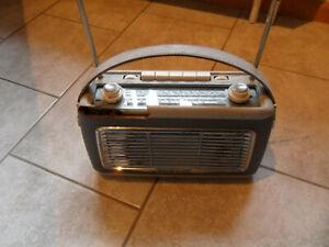 Schaub Lorenz Touring 30 Transistor Radio