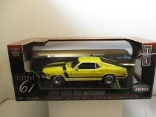 1/18 HIGHWAY 61 YELLOW 1970 BOSS 302 MUSTANG