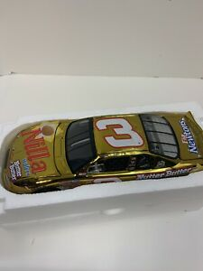 2002 1/24 Dale Earnhardt Jr  Nilla Wafers/ Nutter Butter Colo Chrome