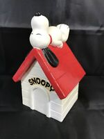 Vintage SNOOPY Sleeping On Doghouse Ceramic Bank 1970s NO STOPPER