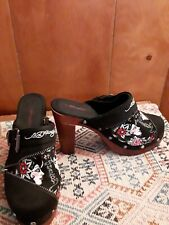 """Womens Ed Hardy """"Kiss of Death"""" Clog Style High Heels Pinup Zipper Size US 7"""
