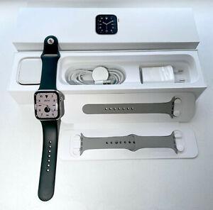 Apple Watch Edition Series 6 Titane GPS + Cellulaire 44mm avec 2 bracelets apple