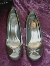 ladies debut silver grey shoes,diamontes on front,size 7  wedding,party
