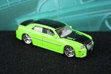 Maisto Design Elite Transport 05 2005 Chrysler HEMI 300C Lime Green All Star