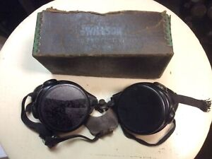 Antique Vtg Wilson Motorcycle Welding Safety Goggles Steampunk Green Glasses Box