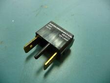 CARLINGSWITCH  H31N Qty of 8 per Lot LIGHT  MODULE LED AMBER 12V PLUG-IN
