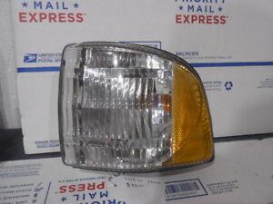 Left Driver Corner Turn Signal Light 5120055 Fits Dodge 1500 1999 - 2001
