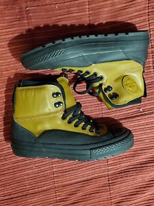 Converse Duck Boots Size 9