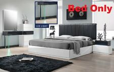 Modern Bedroom White & Gray Lacquer Queen Size bed 1 pcs Furniture headboard