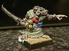 Warhammer Citadel C47 Chaos Ratmen Commander with Sword 2 metal oop Pro-painted