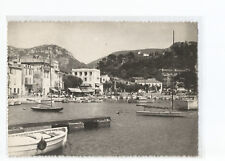 13 Cassis, The