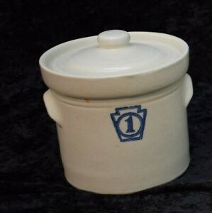 EUC Vintage Pfaltzgraff Yorktowne Blue and Grey Number 1 Canister