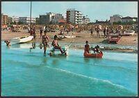 AA4551 Rimini - Provincia - Riccione - Bagnanti sulla spiaggia - Cartolina