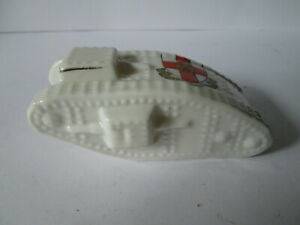 Arcadian crested ware world war 1 tank with city of lincoln crest. china tank.