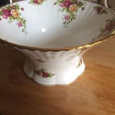 Royal Albert China Old Country Roses Rare Fluted Centerpiece Bowl 1962