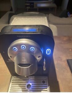 machine à cafe nespresso Gemini Cs100 pro