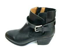 Comfortiva Womens Karen Black Leather Almond Toe Ankle Fashion Boots Size 7.5W