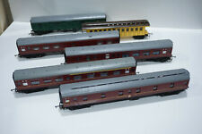 TRIANG 6 VERY EARLY PASSENGER COACHES / CARRIDGES REASONABLE CONDITION ESTATE S