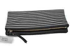 Banana Republic Women s Handbags and Purses  a3f9a9caa40bd