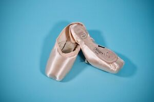 FREED of London Classic Pointe Shoes - Maker V, 4.5, X, forteflex