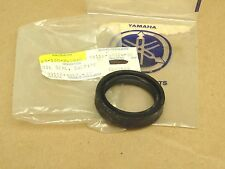 NOS New Yamaha 1986-1987 FZX700 Fazer Front Fork Oil Seal 93110-38024