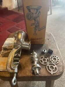 Vintage Cast Iron Spong table top Mincer / Grinder Boxed