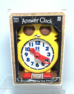 Vintage Working Owl ANSWER CLOCK by TOMY ~ 1970s Time Education ~ w/Box