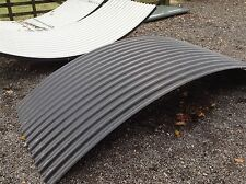 40% Wider Curved Corrugated Roof Sheets Black Plastisol for Shepherds Huts Tuin