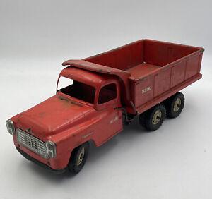 Tru Scale IH International Hydraulic Red Dump Truck Pressed Steel Vintage 211709