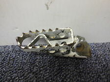 1988 Yamaha YZ125 Right side foot peg 88 YZ 125