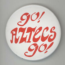 SAN DIEGO STATE UNIVERSITY AZTECS Vintage PINBACK Pin BUTTON Badge FOOTBALL